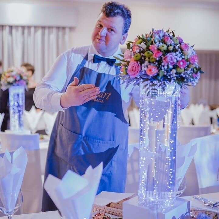 kwietnik-wazon-na-stół-weselny